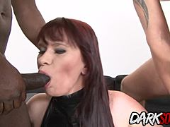 Double anal session for Vera enjoyment